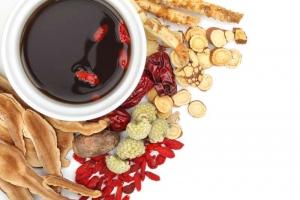 7 lợi ích của việc hỗ trợ điều trị bệnh bằng Đông y
