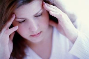 Đông y hỗ trợ điều trị và phòng tái phát bệnh đau nửa đầu